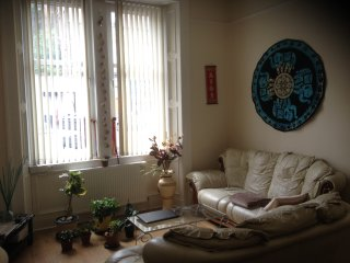 Double bedroom near city centre in Edinburgh, Edimburgo