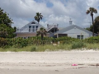 Historic 6,000 sq ft  Direct  Oceanfront Estate, Cocoa Beach