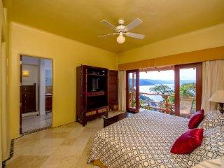 Villa Santa Cruz 7 Bdrm, Puerto Vallarta