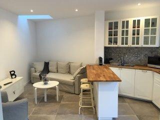 Appartement dans maisonnette, rue Paradis., Marseille