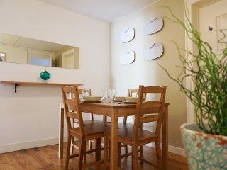 Charming Combro C apartment