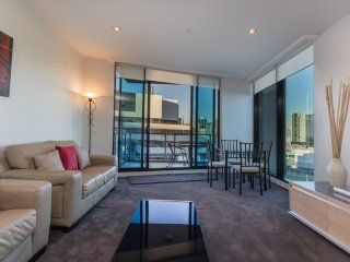 Waterfront Apartment Melbourne 2 bedroom luxury2