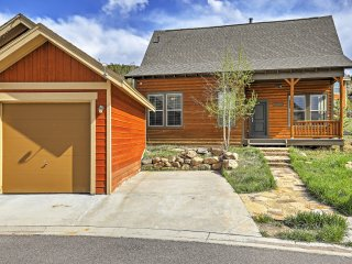 New Listing! Sensational 3BR Granby House w/Wifi, Patio & Extraordinary Rocky Mountain Views - Amazing Skiing & Hiking Right Outside the Backdoor!