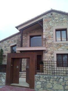 Casa con piscina climatizada 8 km Pedraza