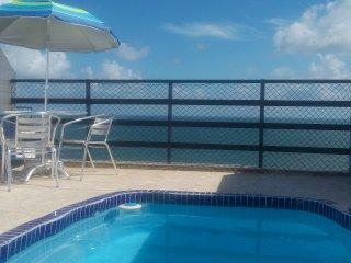Maravilhosa cobertura com piscina e vista mar, Salvador