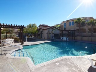 Family condo 9-4 Next to  Pool