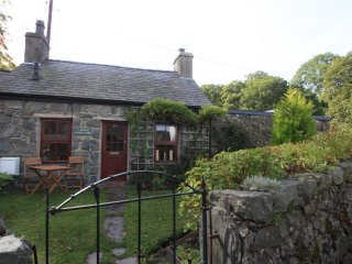 'Chocolate Box' 1 Bed Cottage in Llanberis