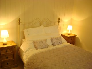 Lower Halsdon Farm - Bed & Breakfast Accommodation