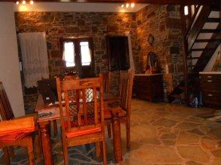 KYTHNOS CYCLADES - TRADITIONAL HOUSE, Kithnos