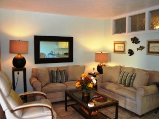 Casa Del Mar Resort - Couryard View ... F02
