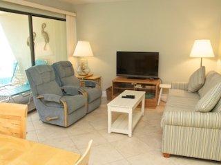 Casa Del Mar Resort - Couryard View ... F04