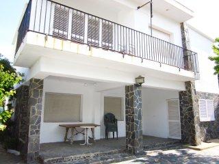 1369 - Villa al lado de la playa., El Port de la Selva