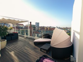 Penthouse with private terrace in Centre of Lisbon