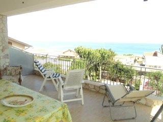 Theresa House ad Alcamo Marina a 50 mt dal mare