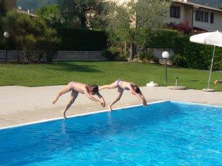 Appartamento monolocale in residence con piscina, Costermano
