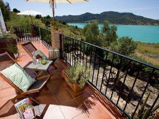 1st Floor Studio Apartment in Lakeside Andalusian Finca