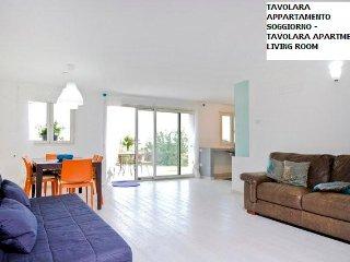 nuovo appartamento in collina vista mare TAVOLARA, Olbia