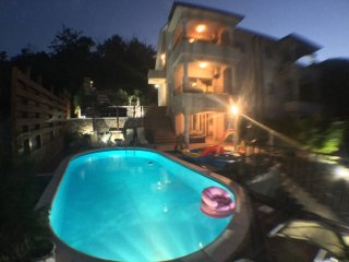 Studio apartment with tavern and swimming pool, Opatija