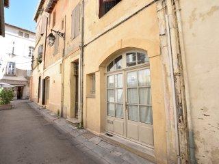 Maison derrière la place du Forum, Arles