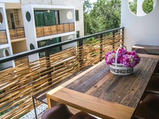 Eco-Chic PH for 10! Private Rooftop with Hammocks & Jacuzzi!
