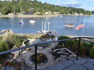 Waterfront Stand-Alone Studio: Wollochet Bay, Gig Harbor