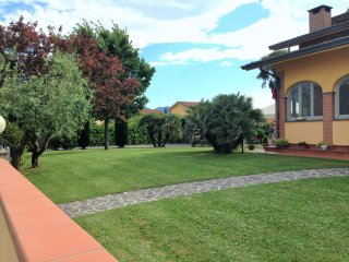 Relax in Villa con Piscina, Lucca
