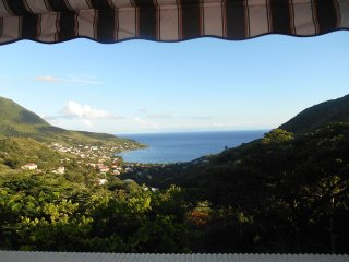 "HUMMINGBIRD ""Charming Duplex facing the island of St. Lucia, Les Anses d'Arlet"