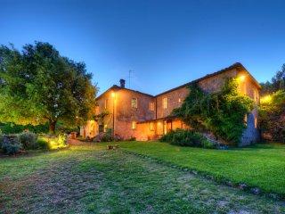 Splendida villa toscana con cucina professionale, Sovicille