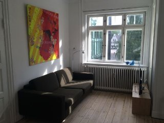 Family friendly Copenhagen apartment near Amagerfaelled, Copenhague