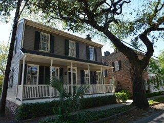 DD Williams House of Historic Savannah SVR00476