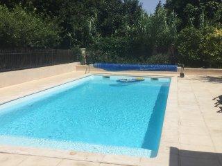 Location villa piscine privee festival et mois Aout a Avignon