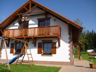 VILLA VICTORIA large family house - Lipno ski & lake area