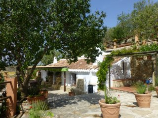 Peaceful rustic Andalusian country house, Valle de Abdalajís