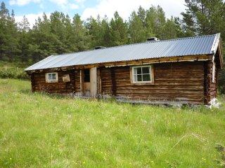 Nordre Moen hytte og seter, naer Rondane