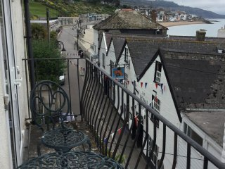 Sea views in the Heart of Lyme Regis