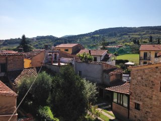Beautiful Holiday House in the centre 6/12pax, Casciana Terme