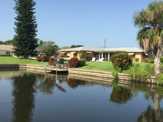 4 Bedroom 3 bath  Home on a deep water Canal, Cape Coral