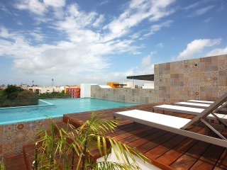 LUXURY in  BUDGET, Close to The Beach & 5th Ave, Playa del Carmen