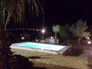 Relax tra mare, monti, piscina e idromassaggio