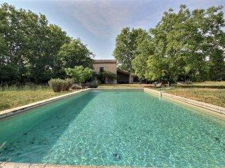 Maison de campagne avec piscine, Le Thor