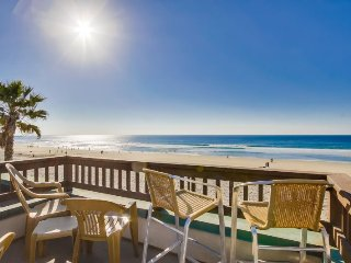Rich`s Boardwalk Bungalow with Panoramic Ocean Views: Oceanfront 2 Bdrm Condo, Whitewater Views, Private Rooftop Balcony, Encinitas
