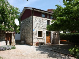 The quiet life is calling…rustic near the sea, Umag