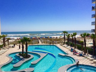 Direct Gulf View! 3 Pools, 30 ft. Balcony, Gulf Shores