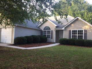 Cozy Atlanta Metro Area Home/house, Snellville