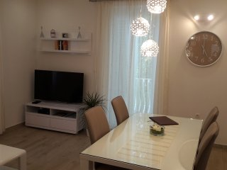 Luxury Garden Place Apartment-Top Location-Parking, Split