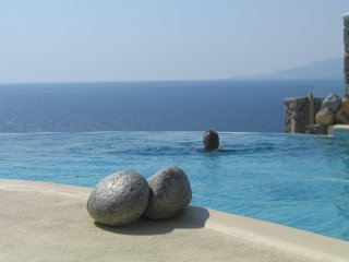 Mykonos Luxury House with swimming pool & sea view, Ornos