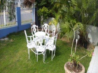 ANOMA- Tropical Paradise
