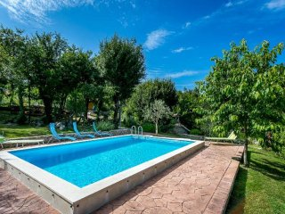 Charming Old Istrian Holiday Home with Pool