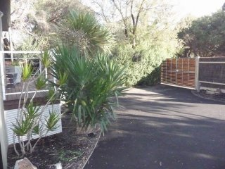 ADELAIDE STREET BLAIRGOWRIE - (B*********) BOOK NOW FOR SUMMER BEFORE YOU MISS
