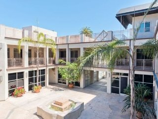 La Jolla Marketplace 2 Bedroom(LJMP-28)